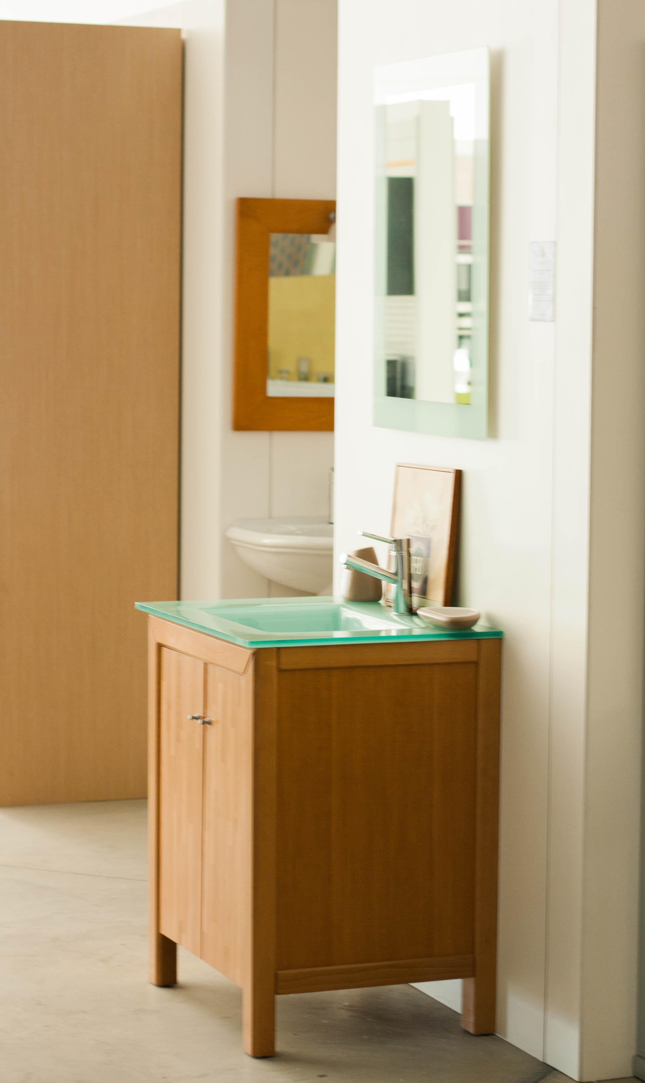 Cojunto de mueble de baño con grifería incluida