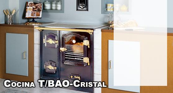 cocina de lea tbao con puerta de cristal y encimera pulifer hergom