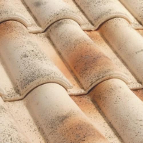 Tejas mixtas cer micas color arena ocre para tejados - Materiales para tejados ...