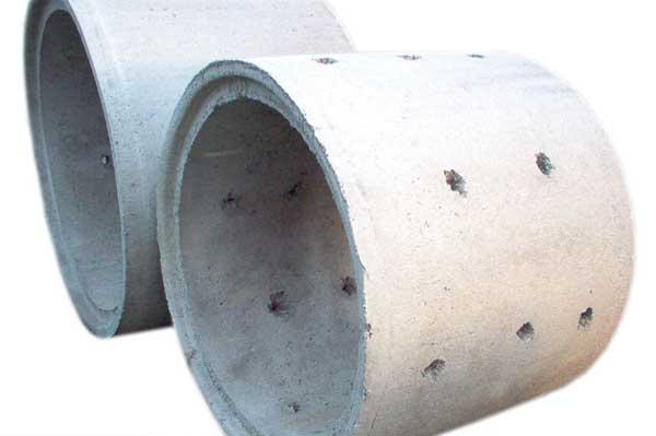 tuberia con agujeros de hormigon