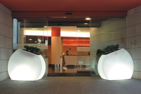 Portamacetas grande con luz interior - Macetas con luz baratas ...