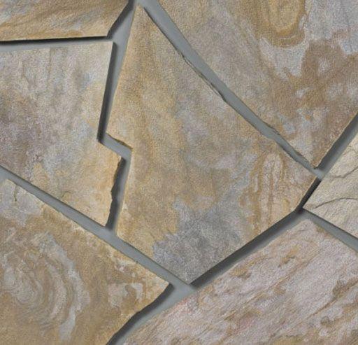 Fachada de casa con piedras decorada tanto en el exterior - Casas decoradas con piedra natural ...