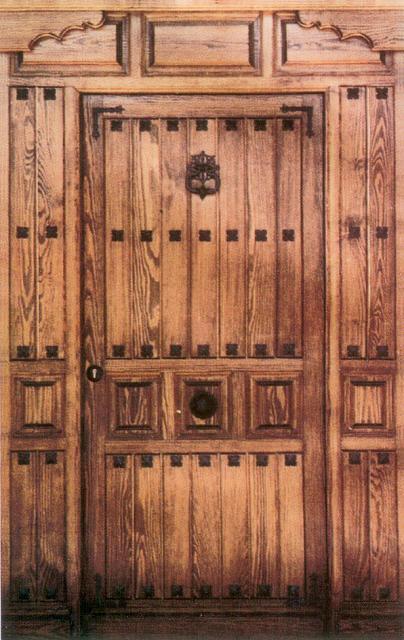 Puertas de calle r sticas con clavos - Puerta rustica exterior ...