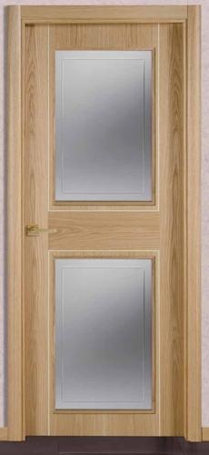Puerta de interior lg3p 2v b 119000038 for Cristales para puertas de madera precios