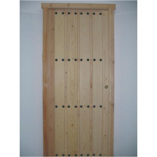 Puertas de entrada de madera rusticas puertas de entrada for Puerta madera rustica