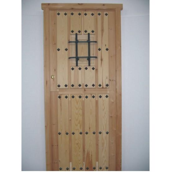 Puertas forja exterior good magnificent hobson road for Puertas principales de madera rusticas