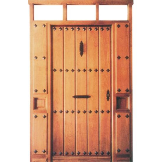 Puertas exteriores r sticas con clavos for Exteriores de casas rusticas