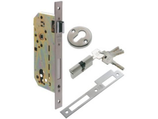 cerraja cromada en mate para puerta de madera con llaves