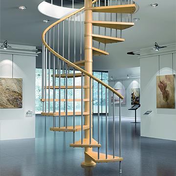 escalera en espiral de caracol en madera y metal