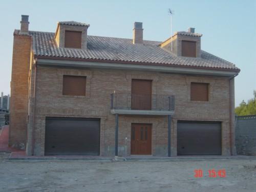 Fachada principal vivienda unifamiliar for Fachadas casas unifamiliares